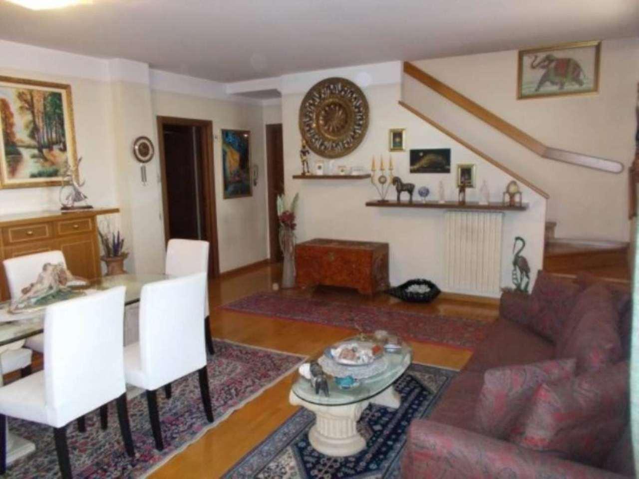 Villa in vendita a Usmate Velate, 3 locali, prezzo € 290.000 | Cambio Casa.it