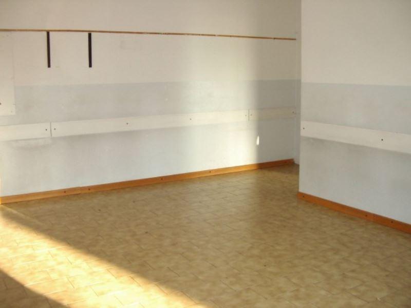 Ufficio / Studio in affitto a Cavenago di Brianza, 3 locali, prezzo € 550   Cambio Casa.it