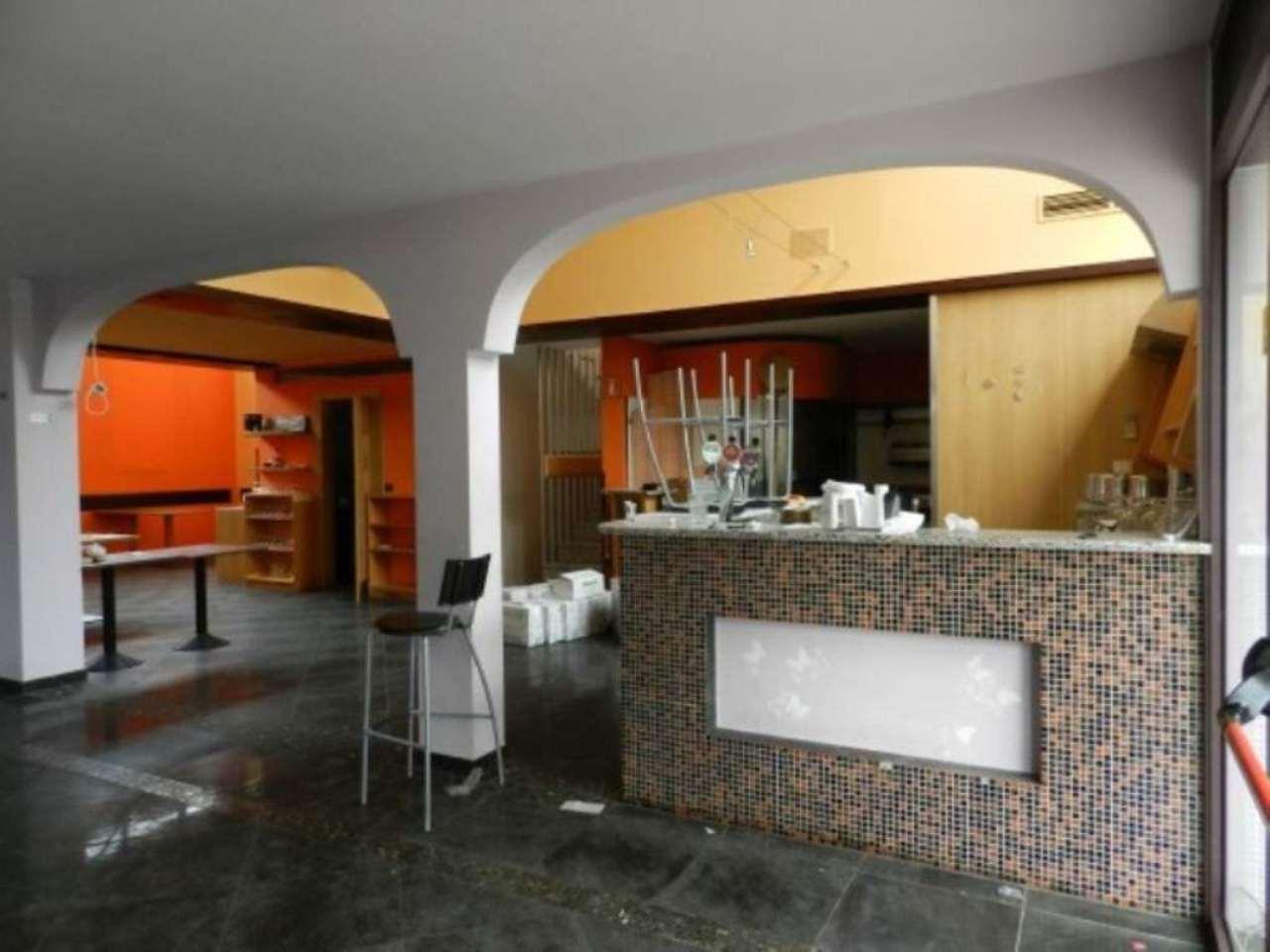 Negozio / Locale in affitto a Carnate, 6 locali, prezzo € 2.000 | Cambio Casa.it