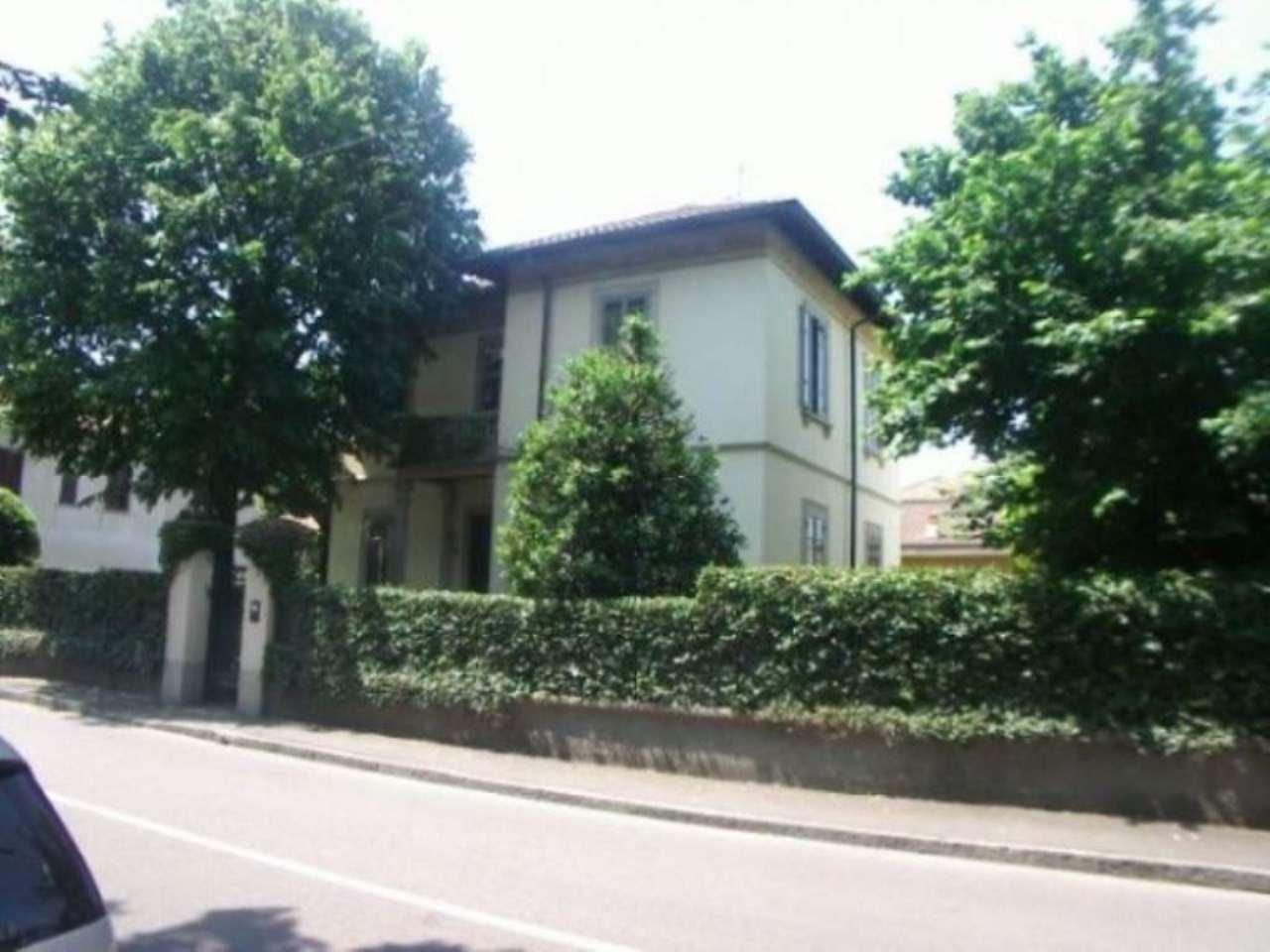 Villa in vendita a Cavenago di Brianza, 6 locali, prezzo € 630.000 | CambioCasa.it
