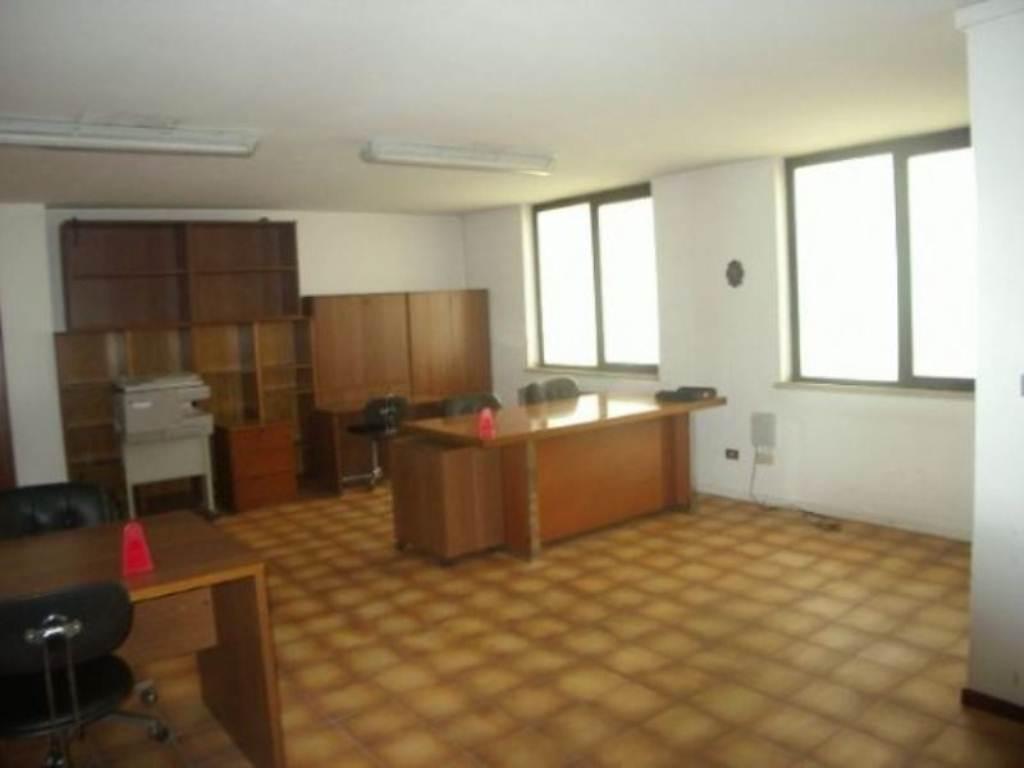 Ufficio / Studio in vendita a Cavenago di Brianza, 2 locali, prezzo € 55.000 | CambioCasa.it