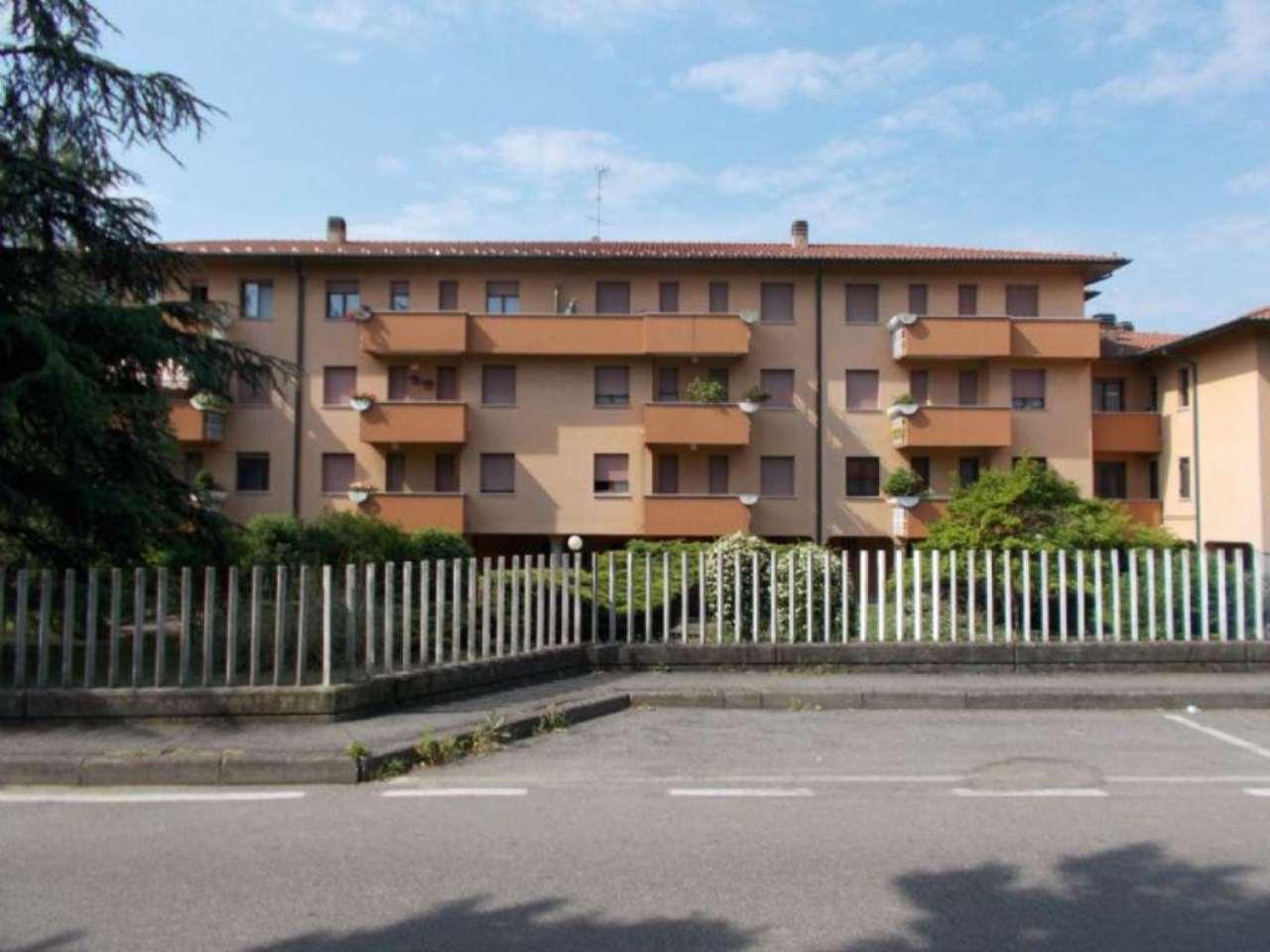 Appartamento in vendita a Masate, 3 locali, prezzo € 118.000 | Cambio Casa.it