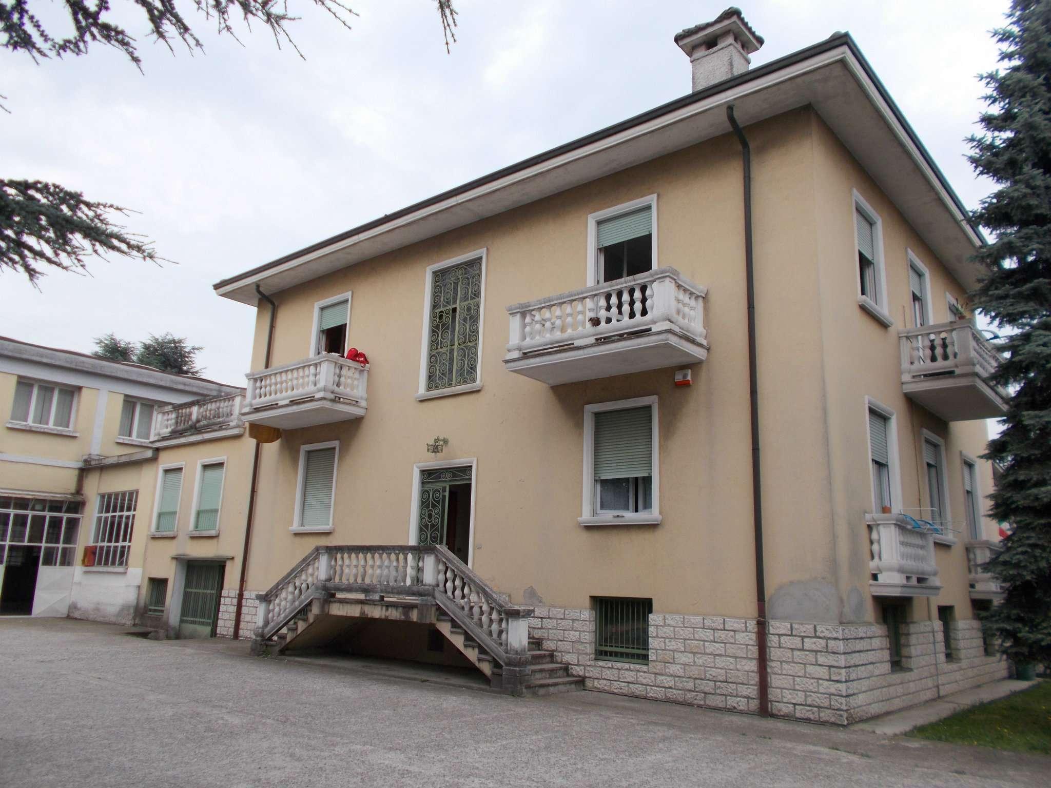Capannone in vendita a Cavenago di Brianza, 1 locali, prezzo € 600.000 | CambioCasa.it