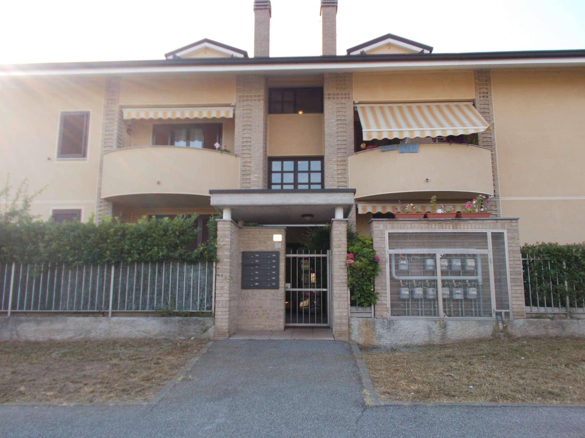 Attico / Mansarda in affitto a Masate, 2 locali, prezzo € 600   CambioCasa.it