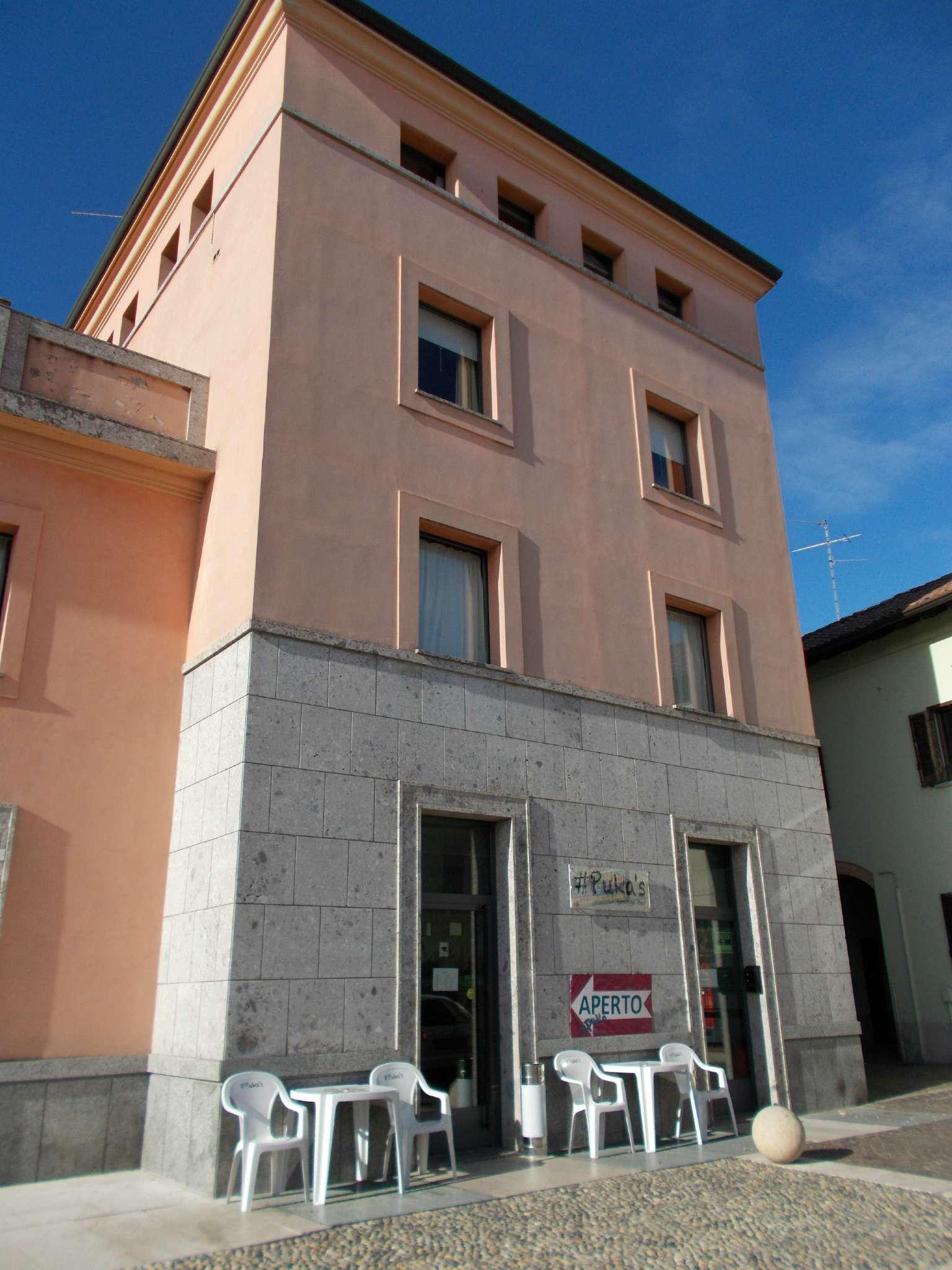 Negozio / Locale in vendita a Cavenago di Brianza, 2 locali, prezzo € 276.000   CambioCasa.it