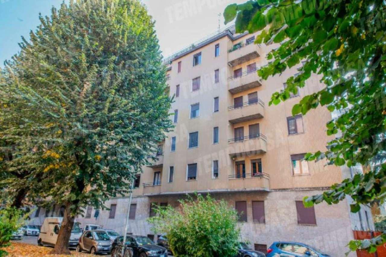 Appartamento in affitto a Milano, 3 locali, zona Zona: 15 . Fiera, Firenze, Sempione, Pagano, Amendola, Paolo Sarpi, Arena, prezzo € 1.750 | Cambio Casa.it