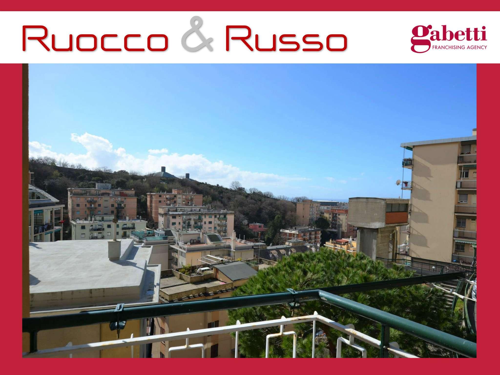 Foto 1 di Appartamento via Santolini, Genova (zona San Fruttuoso)