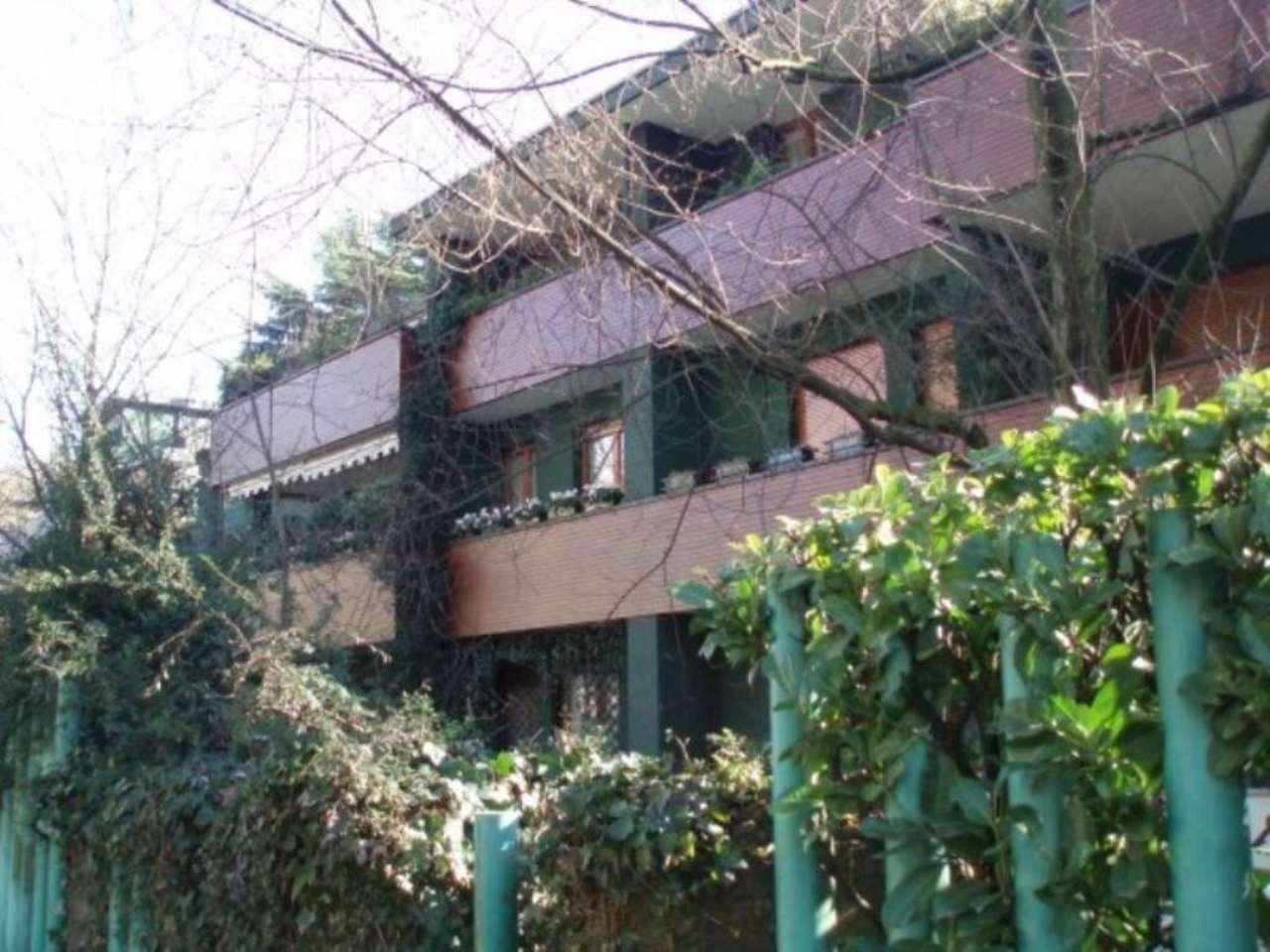 Bilocale Monza Via Vincenzo Bellini 9