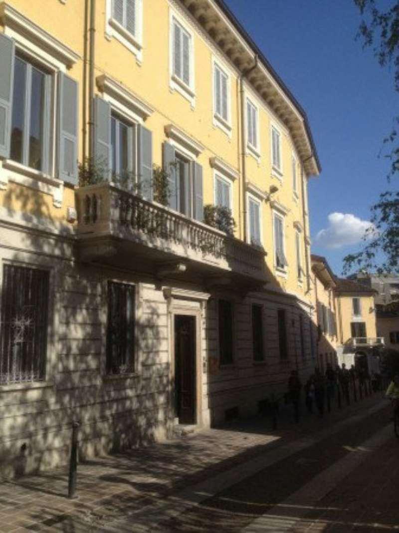 Bilocale Monza Via Carlo Alberto 1