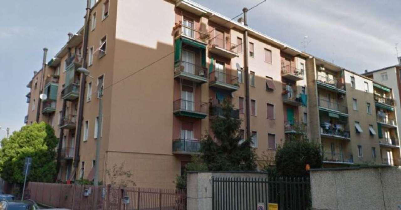 Bilocale Monza Via Tasso 2