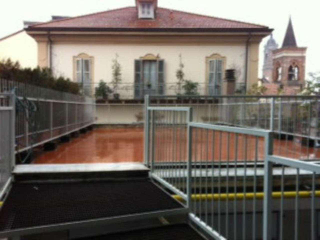 Bilocale Monza Via Italia 2