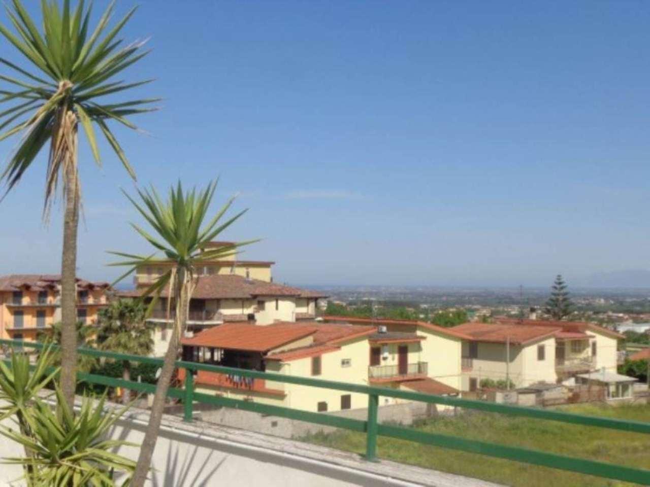 Attico / Mansarda in vendita a Marano di Napoli, 3 locali, prezzo € 150.000 | CambioCasa.it