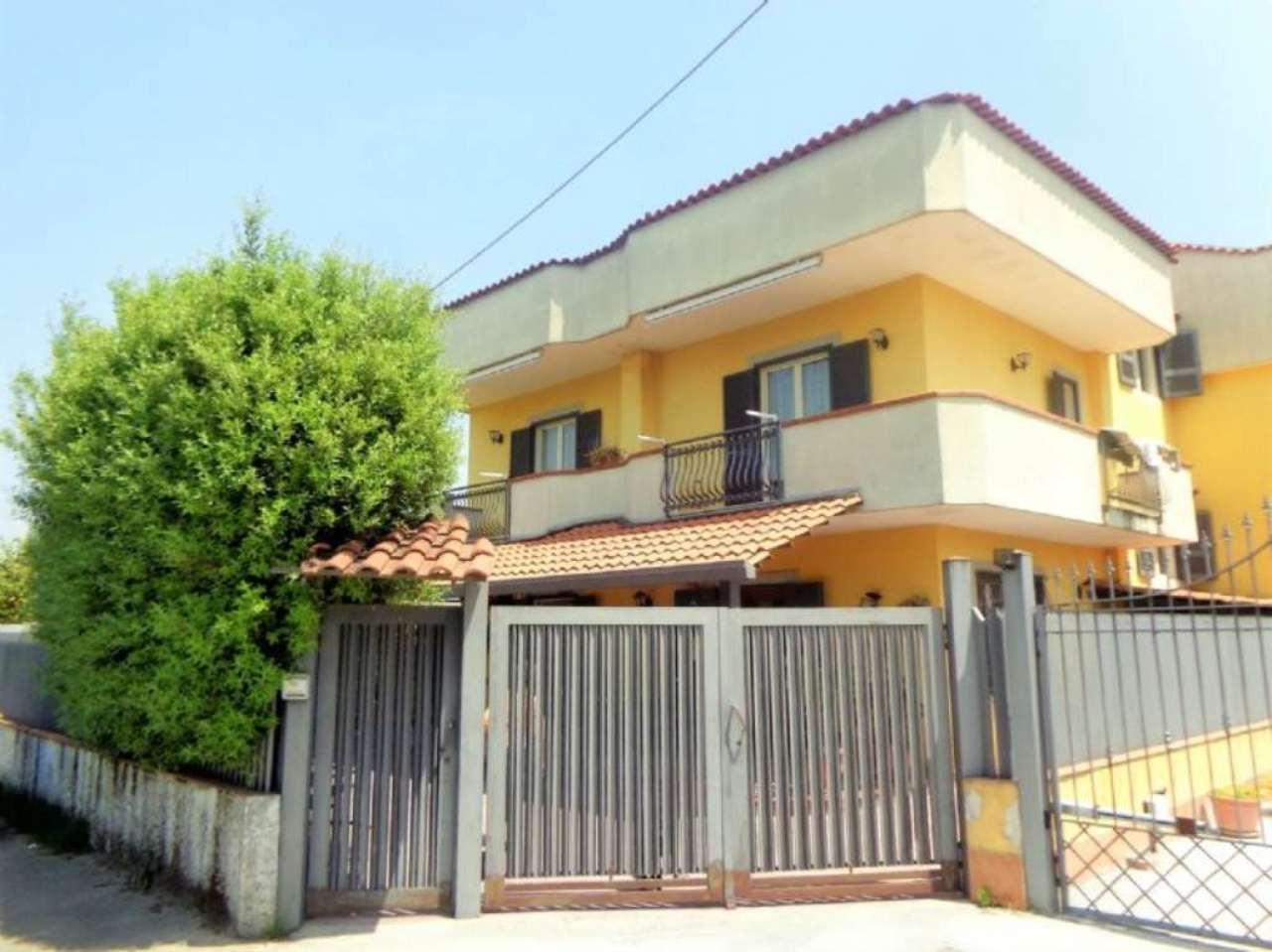 Villa Bifamiliare in vendita a Calvizzano, 4 locali, prezzo € 237.000 | Cambio Casa.it