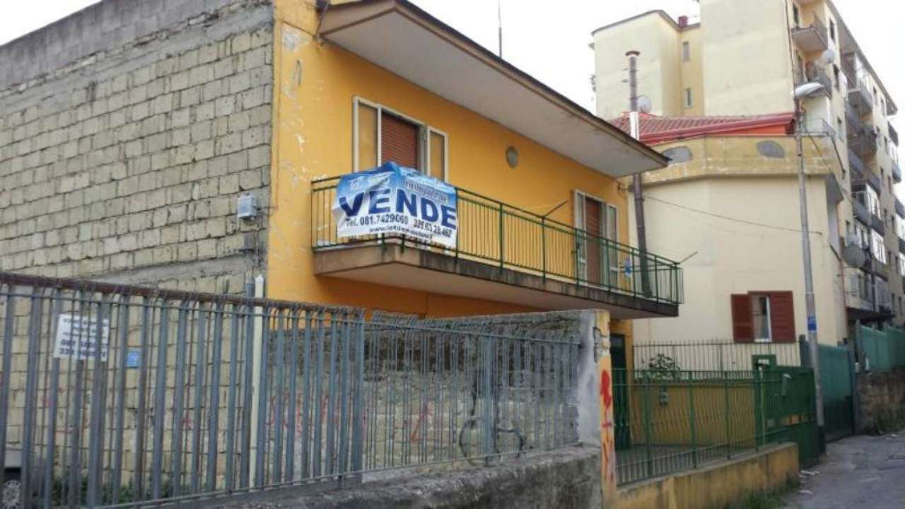 Palazzo / Stabile in vendita a Marano di Napoli, 6 locali, prezzo € 199.000 | Cambio Casa.it