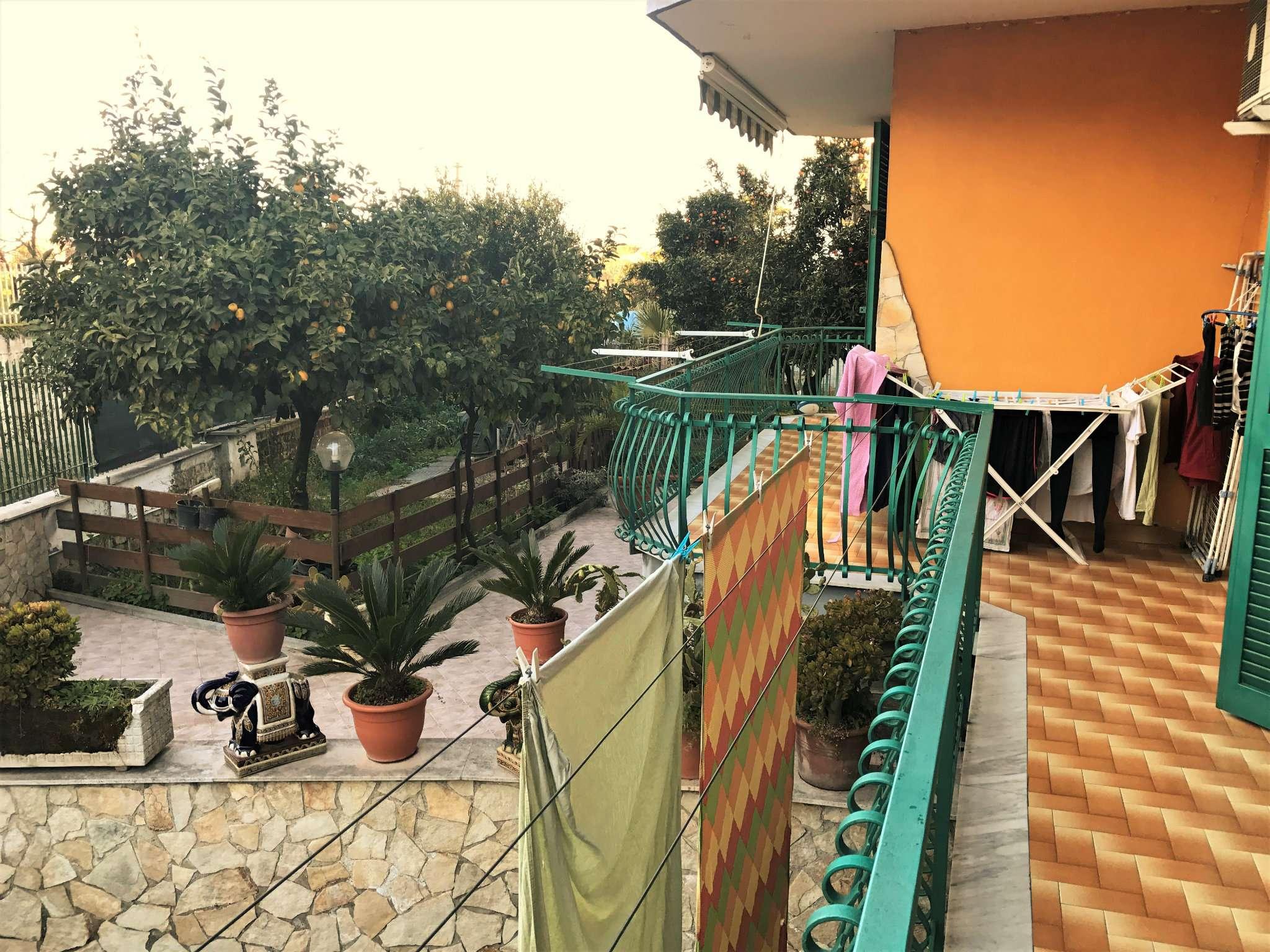 Villa in vendita a Marano di Napoli, 4 locali, prezzo € 379.000 | Cambio Casa.it