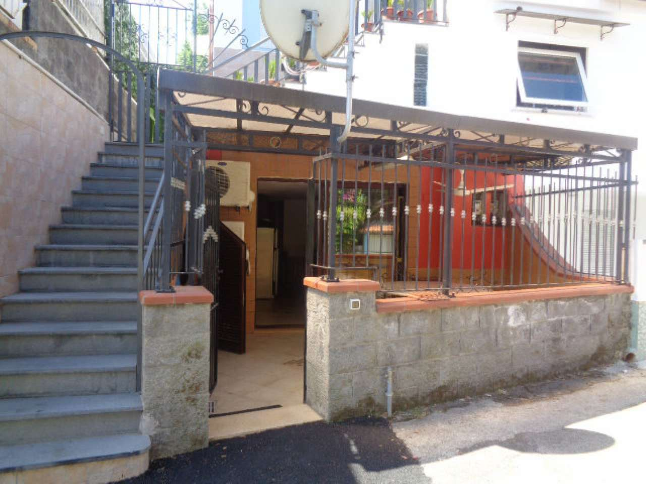 Appartamenti in vendita a ischia for Appartamenti ischia
