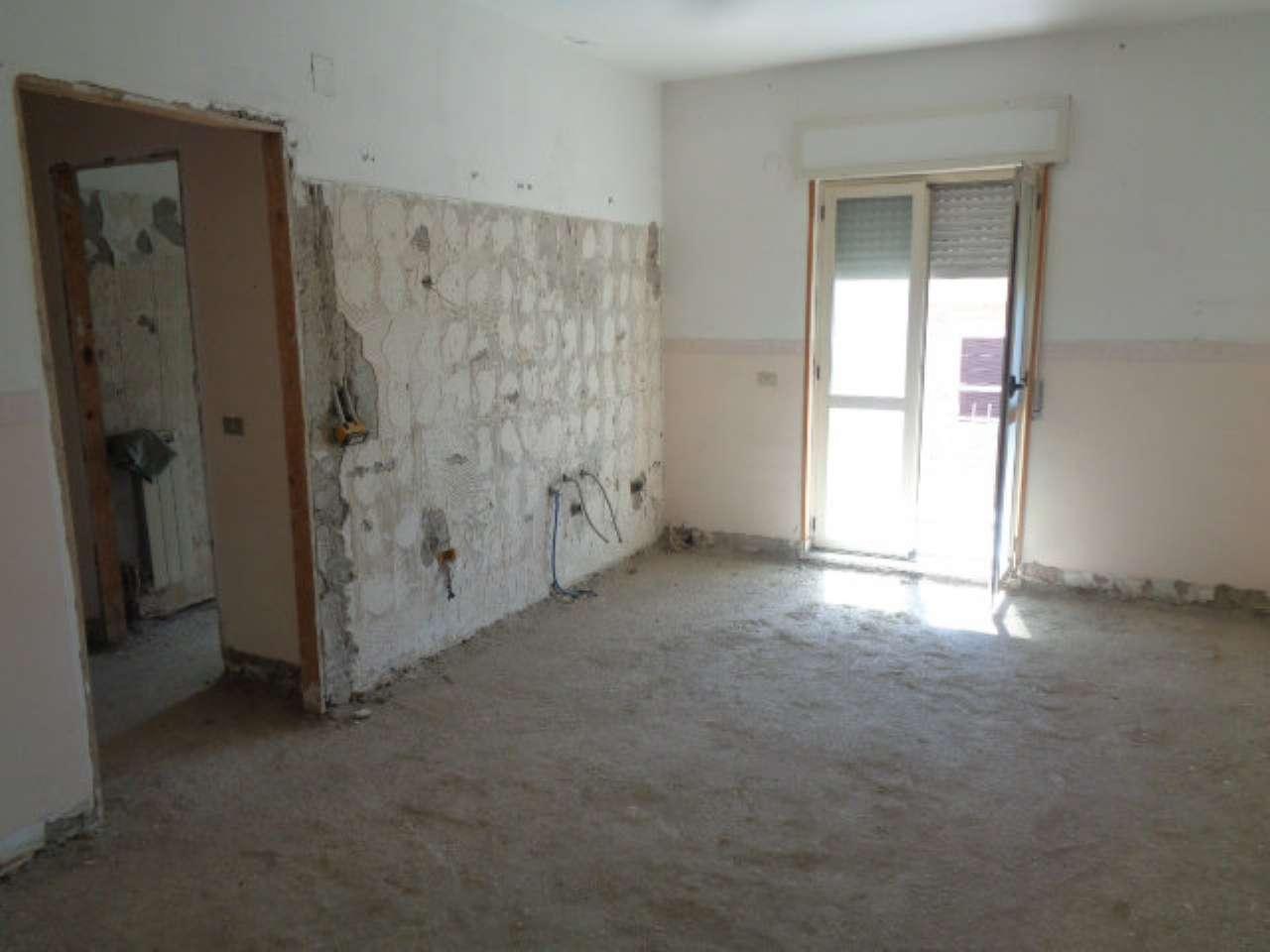 Appartamento in vendita a Marano di Napoli, 3 locali, prezzo € 69.000 | CambioCasa.it