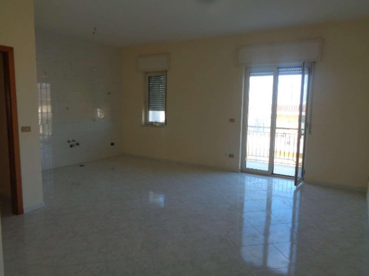Appartamento in affitto a Marano di Napoli, 3 locali, prezzo € 420   CambioCasa.it