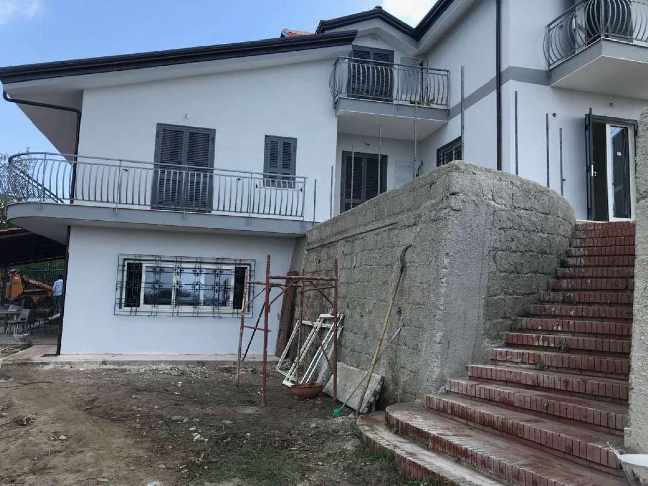 Appartamenti monolocali in affitto a napoli for Appartamenti in affitto arredati napoli