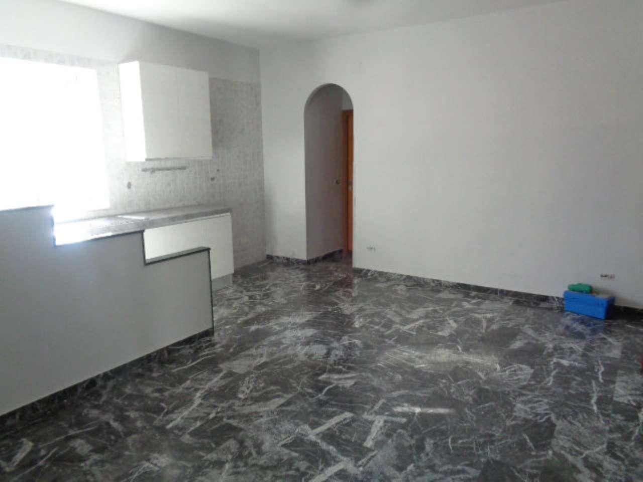Appartamento in affitto a Calvizzano, 3 locali, prezzo € 380 | CambioCasa.it