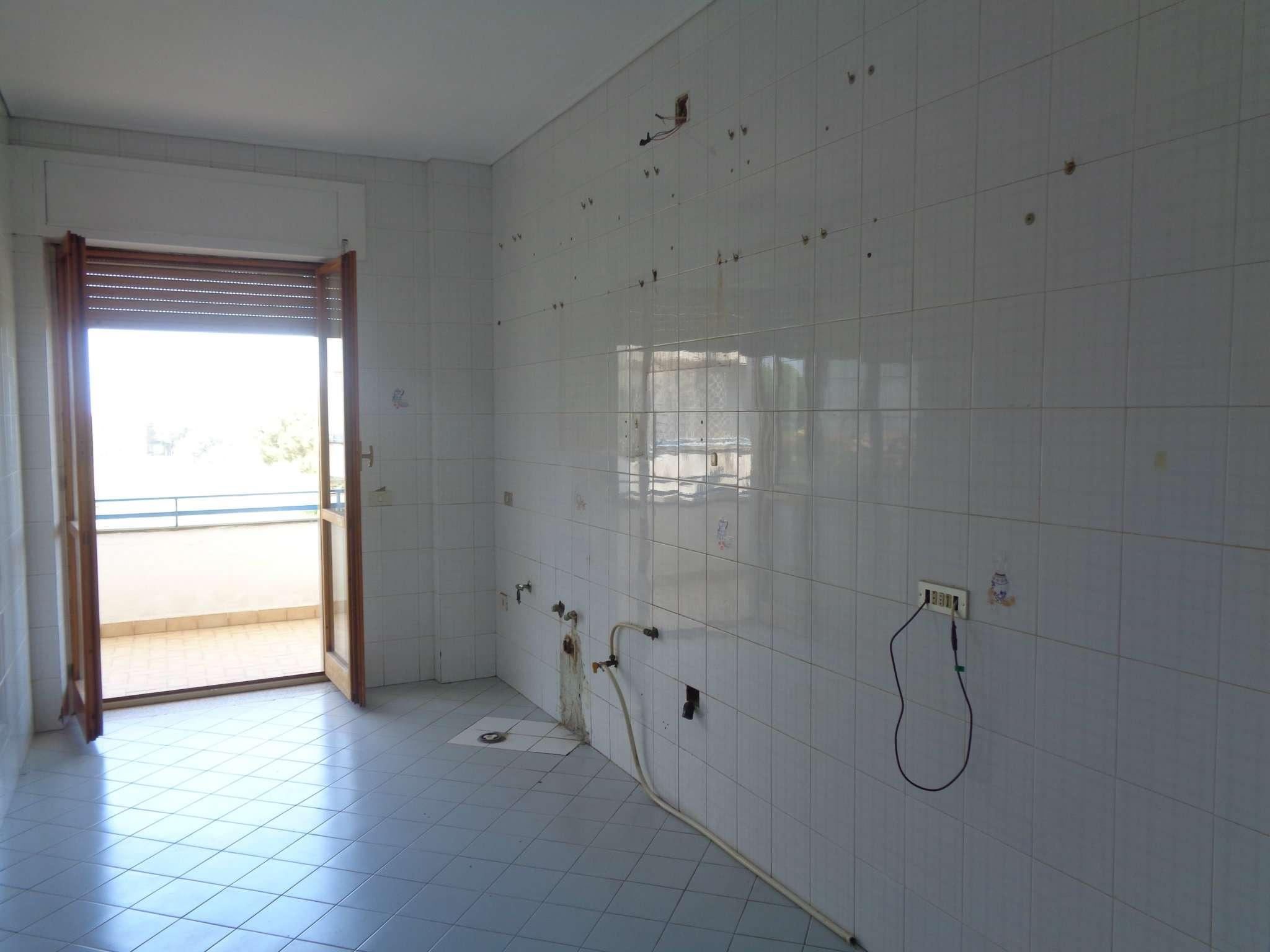 Appartamento in affitto a Calvizzano, 2 locali, prezzo € 350 | CambioCasa.it