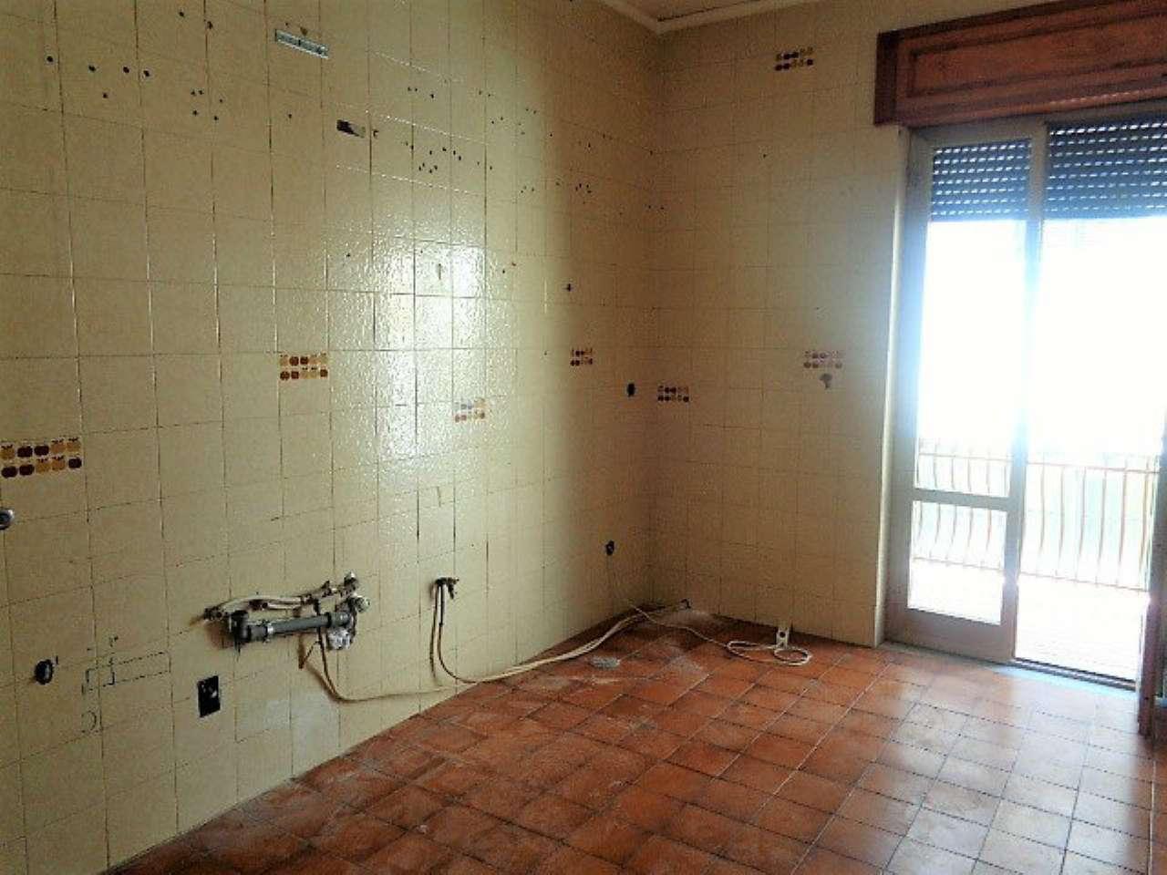 Appartamento in affitto a Mugnano di Napoli, 3 locali, prezzo € 400 | CambioCasa.it