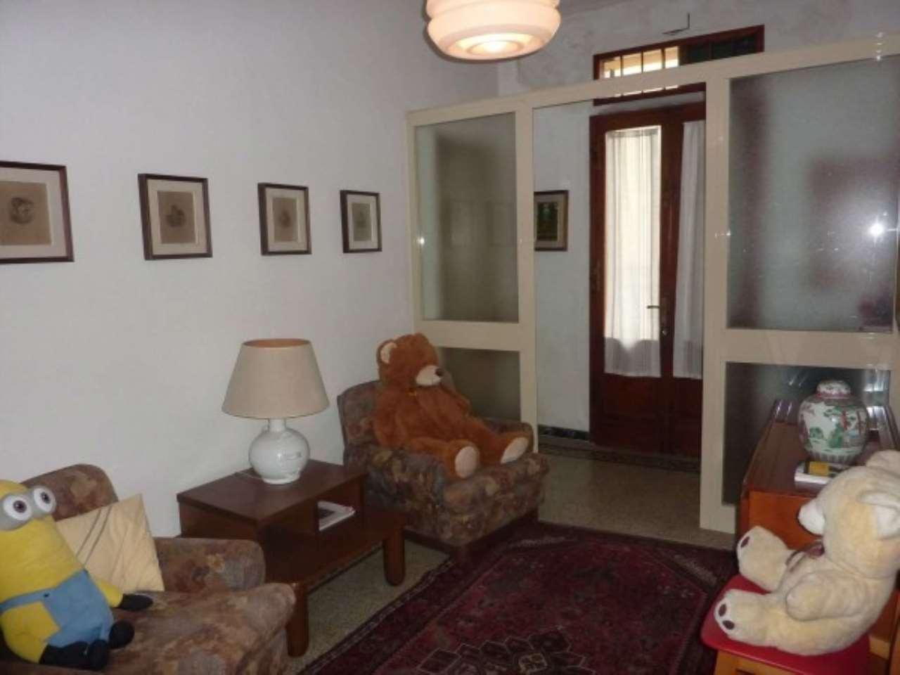 Palazzo / Stabile in vendita a Agliana, 6 locali, prezzo € 120.000 | CambioCasa.it
