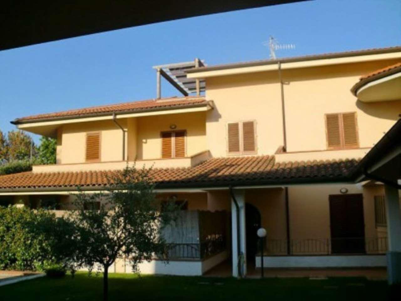 Appartamento in vendita a Serravalle Pistoiese, 5 locali, prezzo € 230.000 | CambioCasa.it