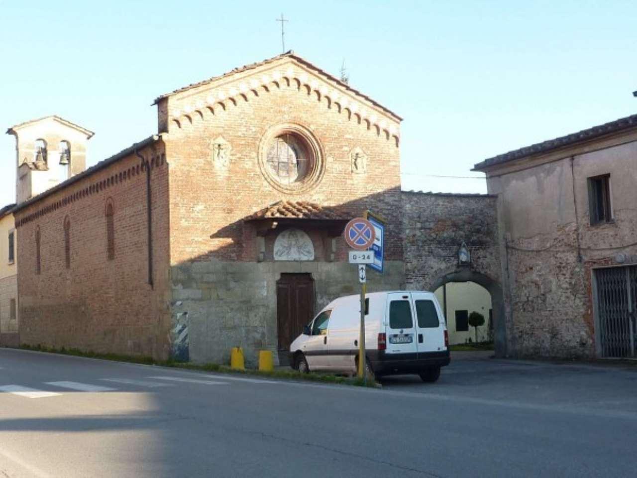 Negozio / Locale in affitto a Agliana, 2 locali, prezzo € 1.500 | CambioCasa.it