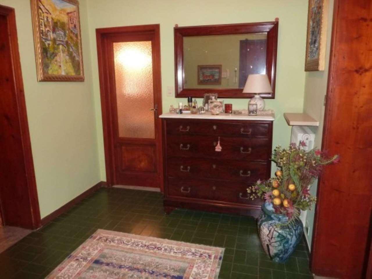 Appartamento in vendita a Monsummano Terme, 6 locali, prezzo € 200.000   CambioCasa.it