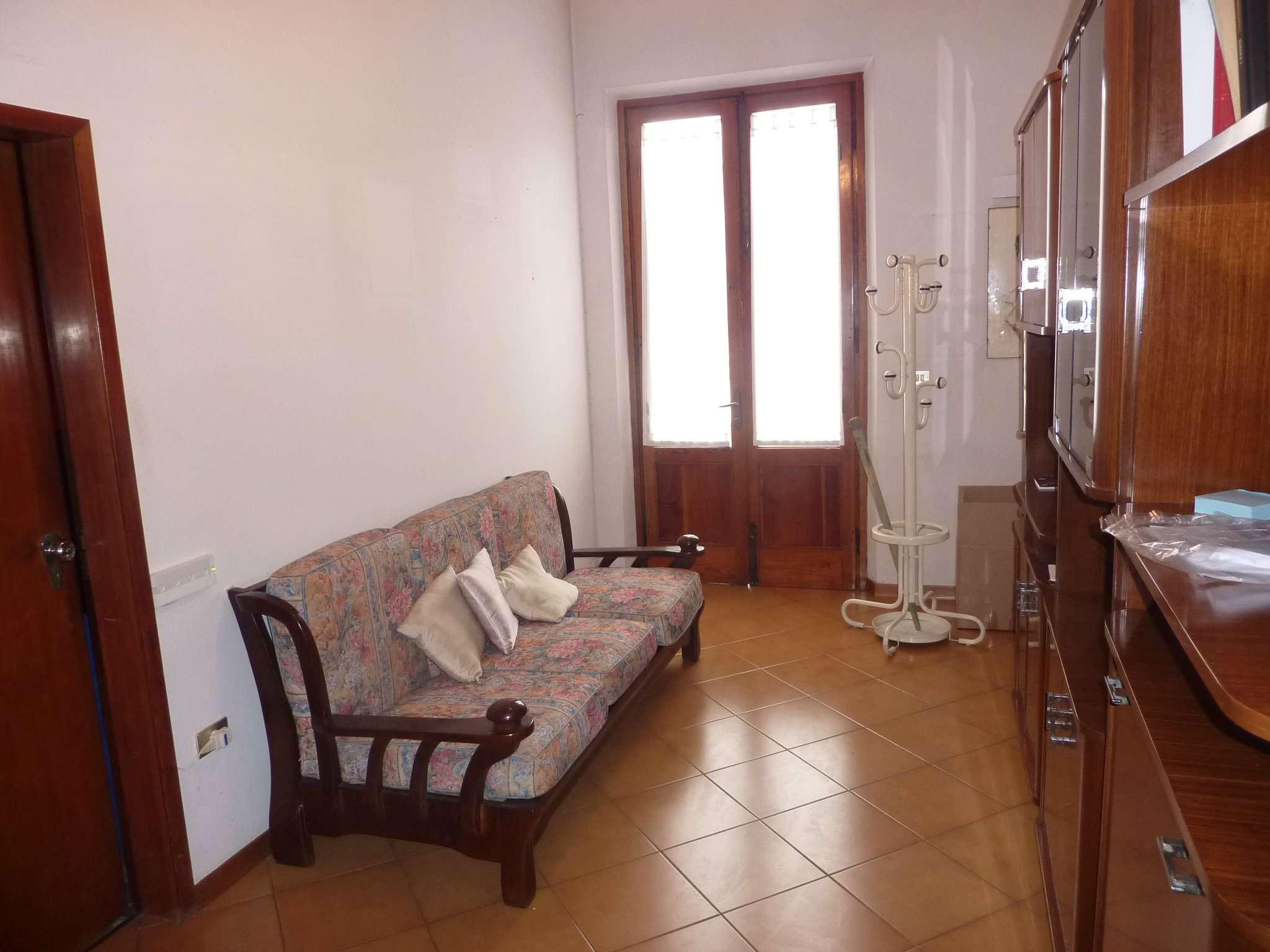 Appartamento in affitto a Agliana, 4 locali, prezzo € 650   CambioCasa.it