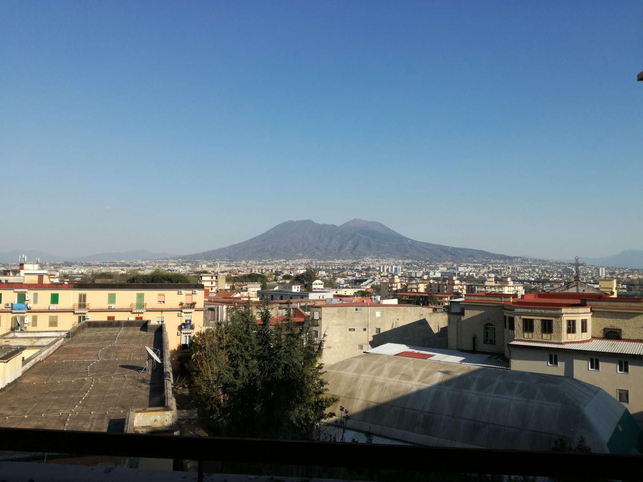 Appartamento in vendita a Casoria, 5 locali, prezzo € 310.000 | CambioCasa.it