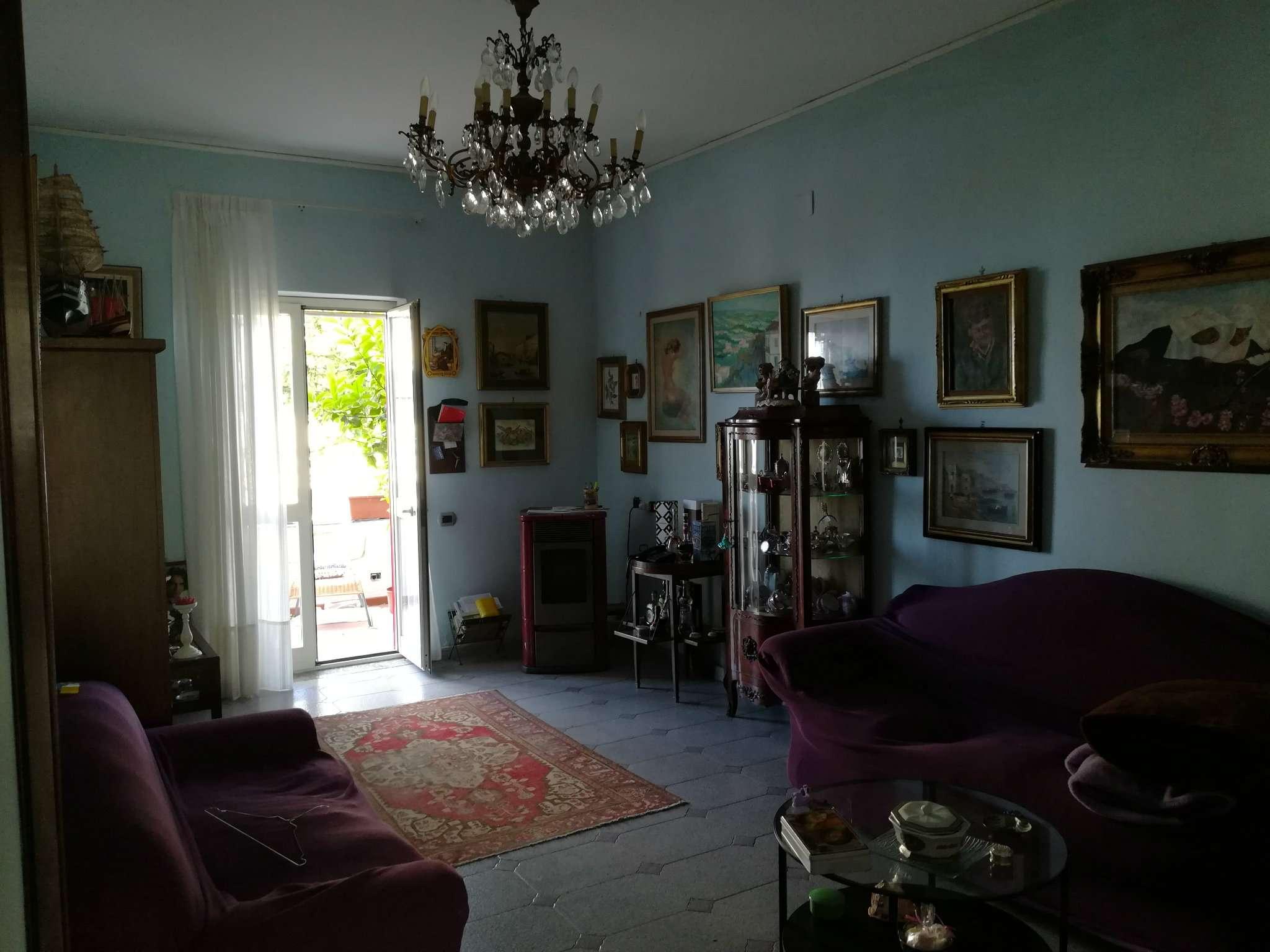 Appartamento in affitto a Ercolano, 3 locali, prezzo € 450 | Cambio Casa.it