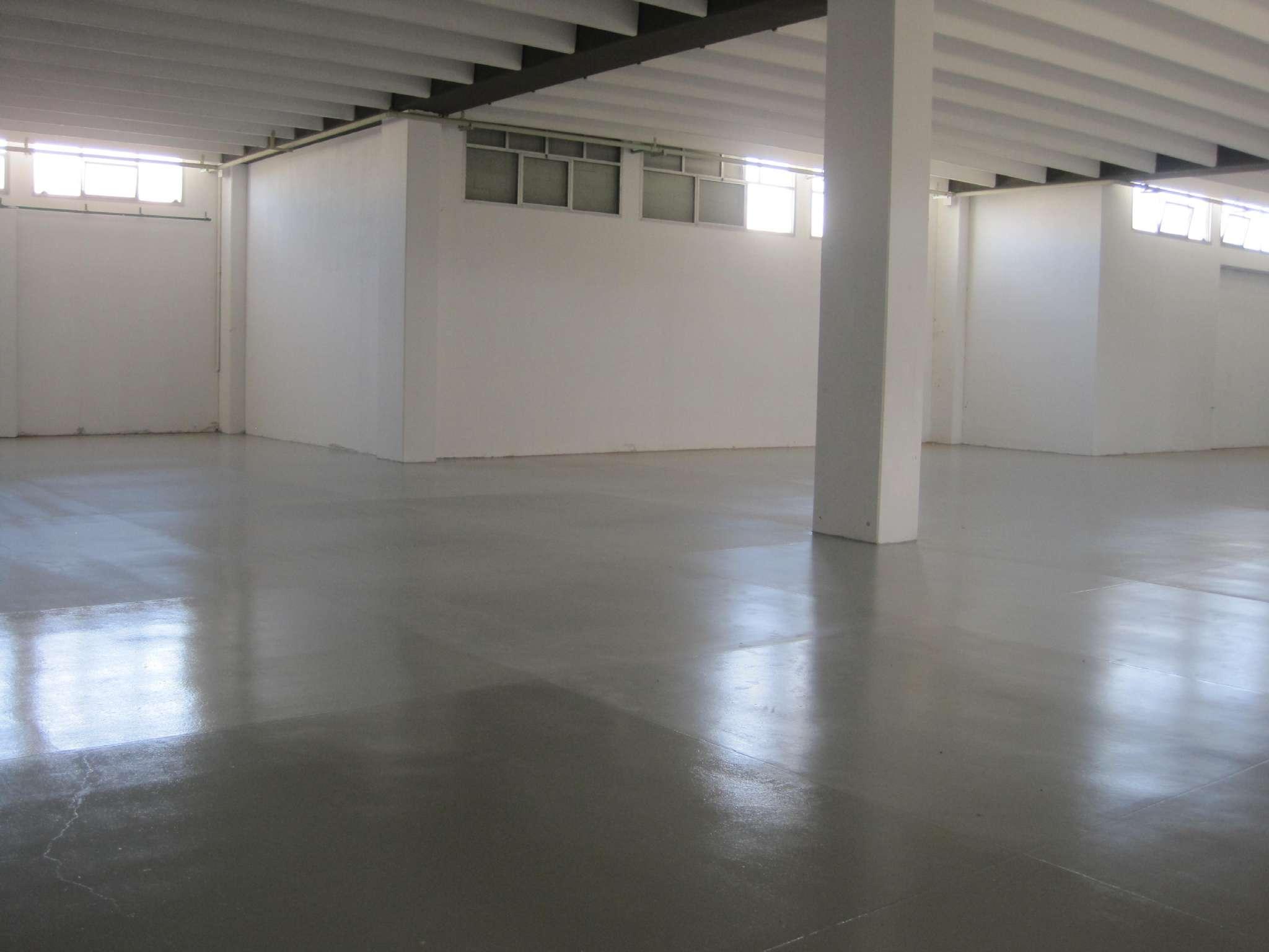 Capannone in affitto a Sestu, 9999 locali, prezzo € 5.000 | Cambio Casa.it