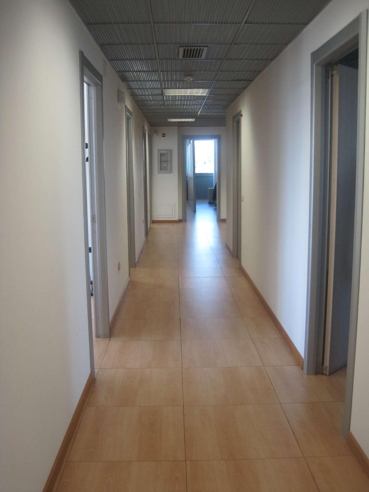Ufficio / Studio in affitto a Cagliari, 9999 locali, Trattative riservate | Cambio Casa.it