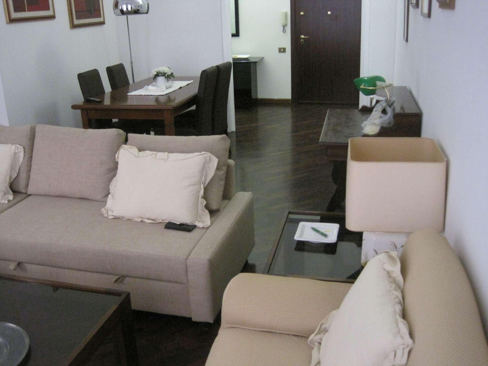 Appartamento in affitto a Cagliari, 3 locali, prezzo € 1.000 | Cambio Casa.it