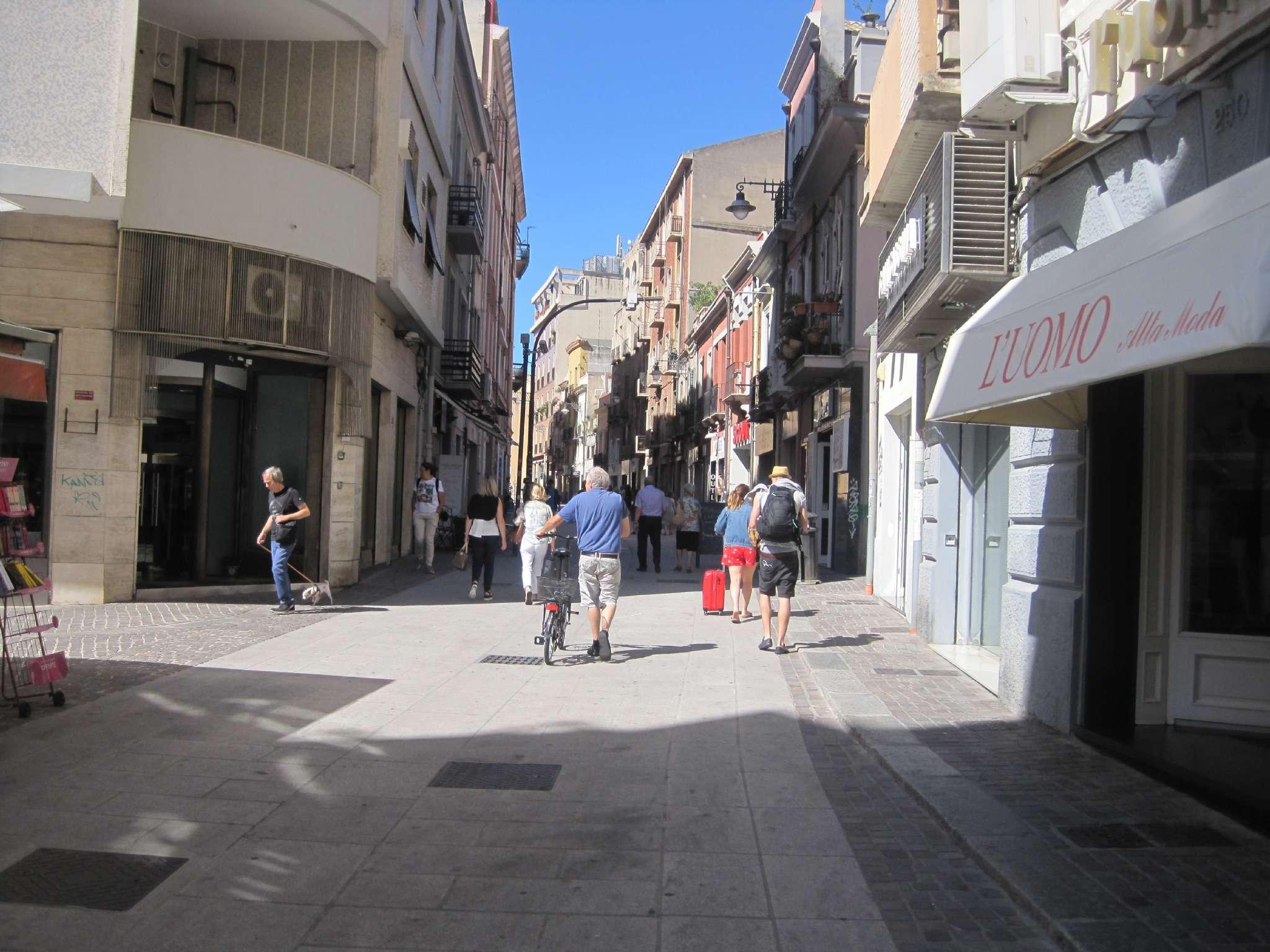 Negozio / Locale in vendita a Cagliari, 2 locali, prezzo € 250.000 | CambioCasa.it