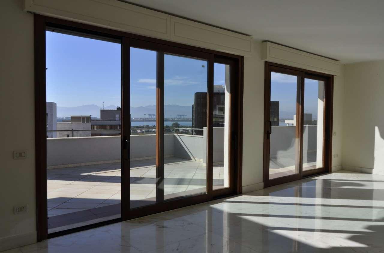 appartamento con terrazzo a Cagliari - Cambiocasa.it