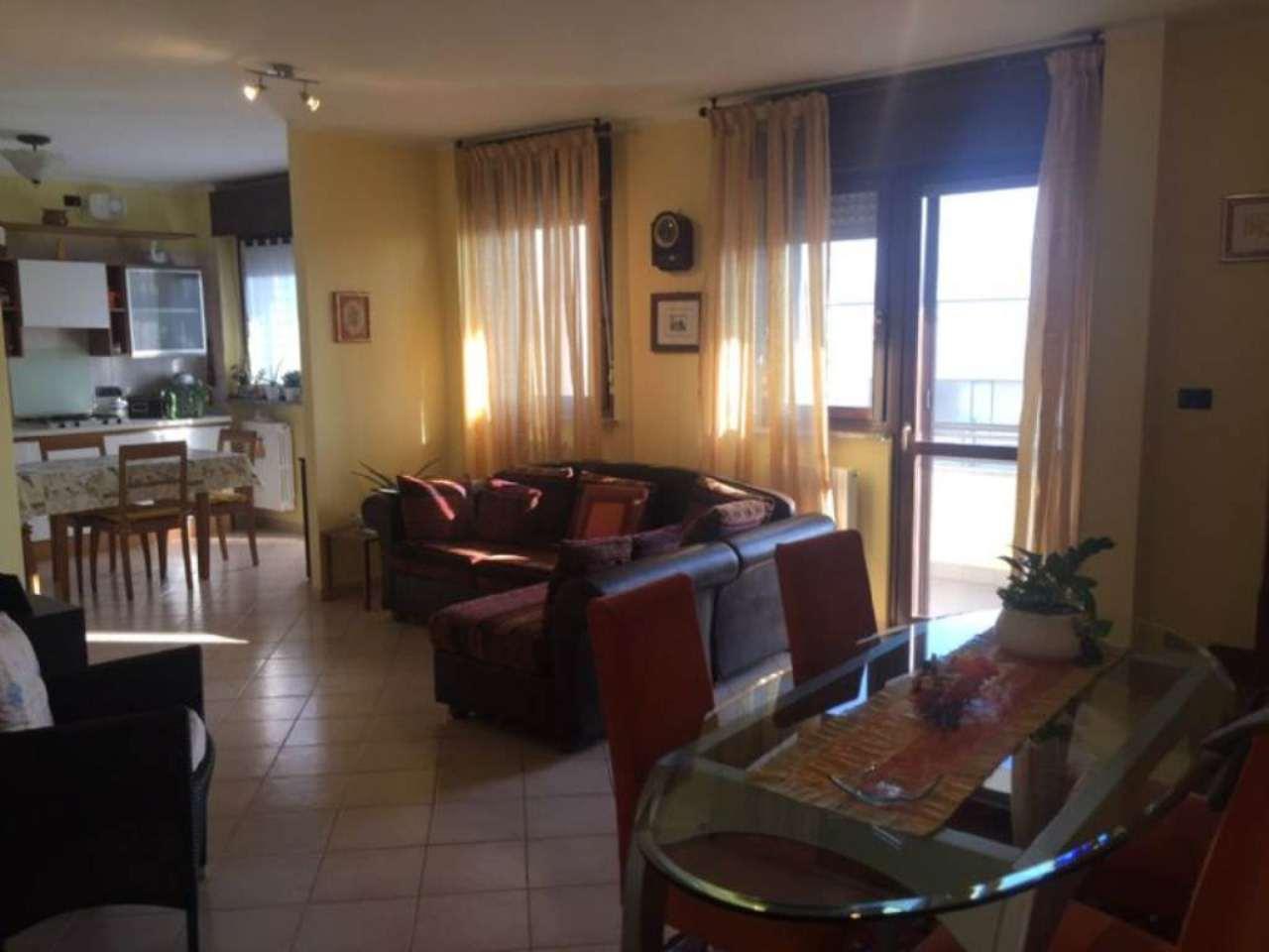 Appartamento in vendita a Borgaro Torinese, 6 locali, prezzo € 249.000 | CambioCasa.it