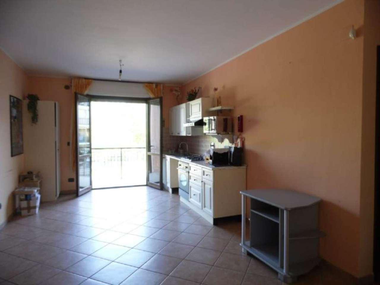 Bilocale Borgaro Torinese Via Settimo 4