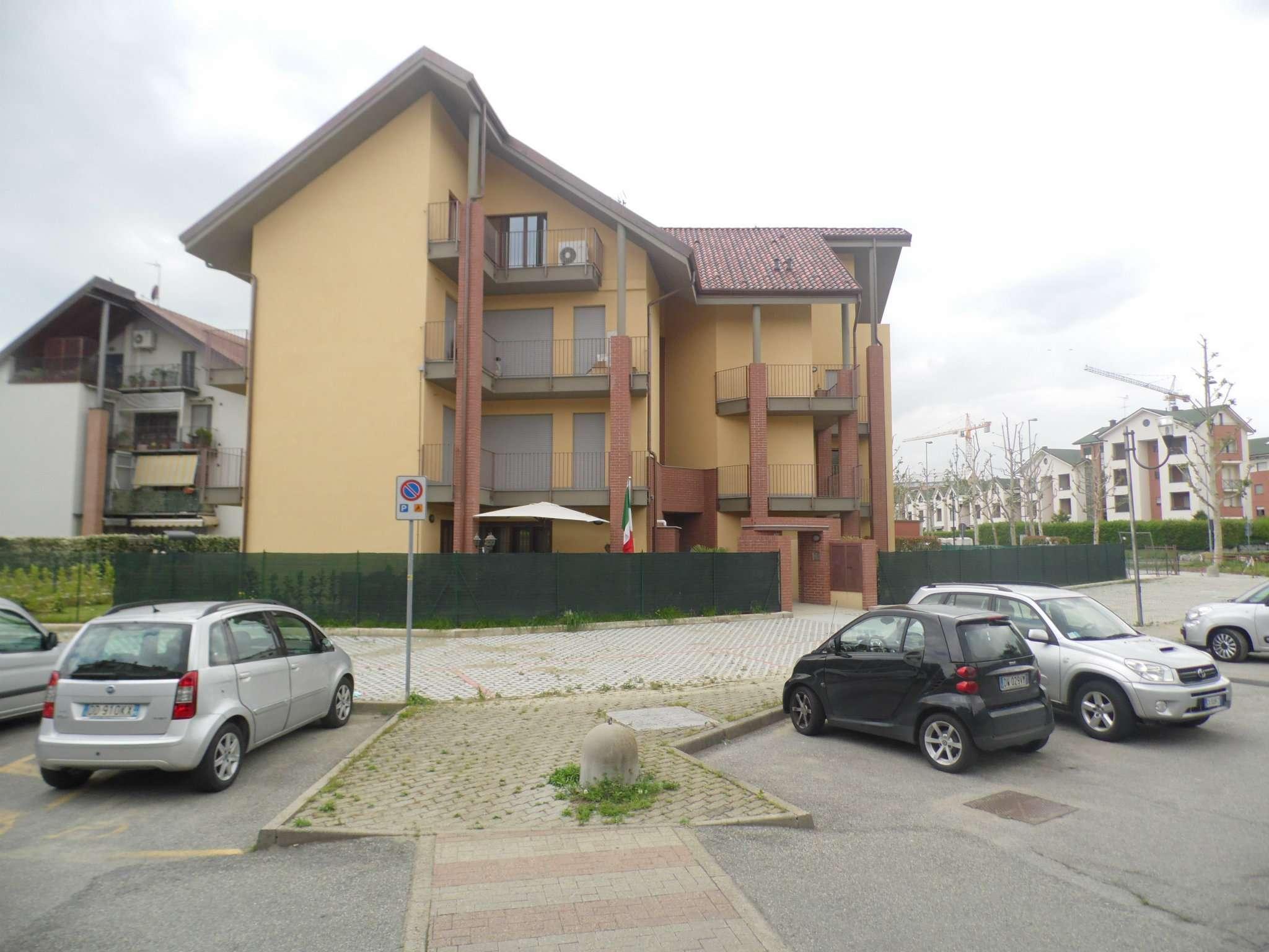Bilocale Borgaro Torinese Via Gramsci 3