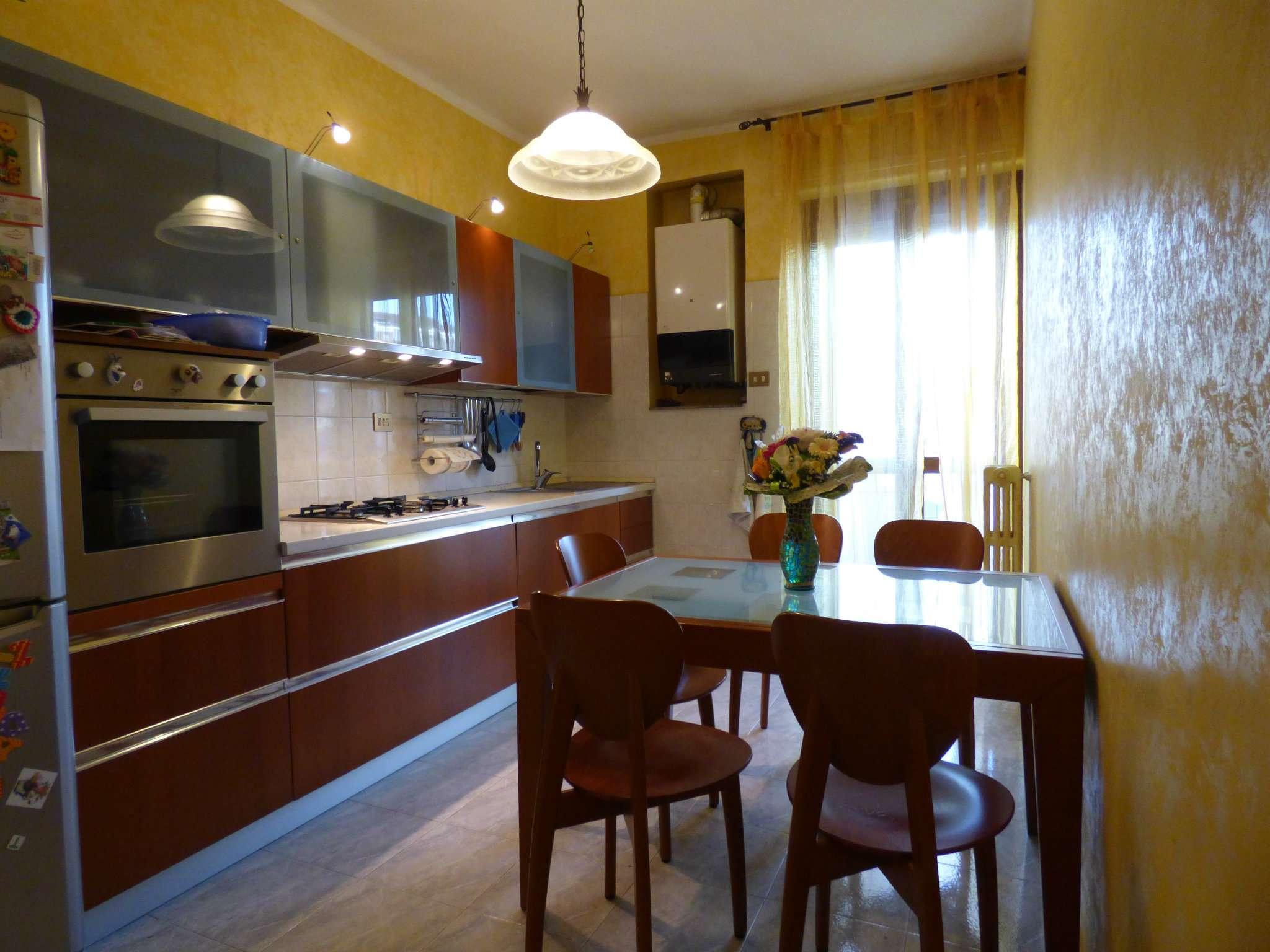 Appartamento in vendita a Borgaro Torinese, 3 locali, prezzo € 85.000 | Cambio Casa.it