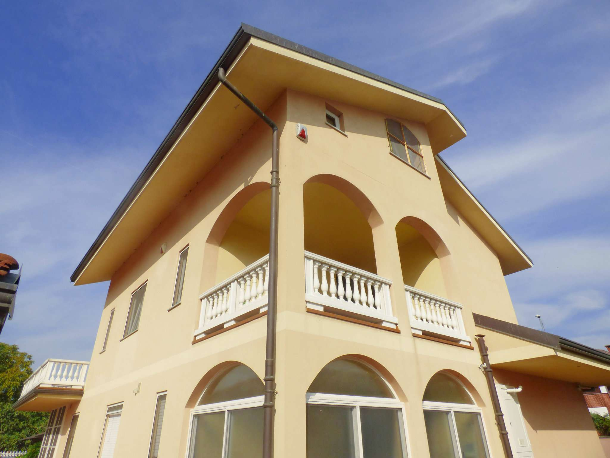 Soluzione Semindipendente in Vendita a Borgaro Torinese