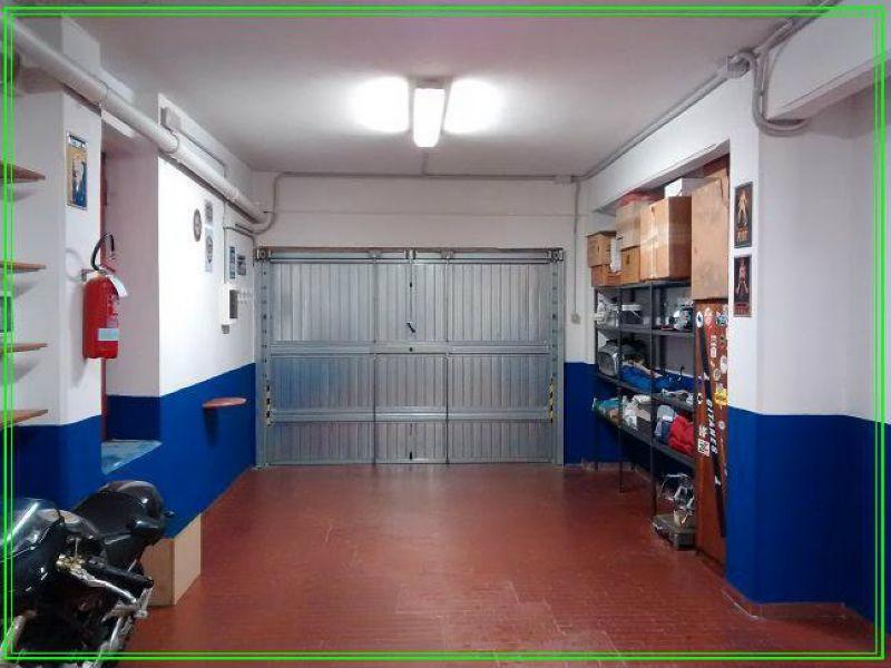 Magazzino in vendita a Pistoia, 1 locali, prezzo € 80.000   CambioCasa.it