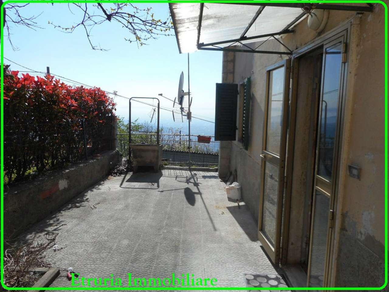 Palazzo / Stabile in vendita a Pistoia, 4 locali, prezzo € 80.000 | Cambio Casa.it