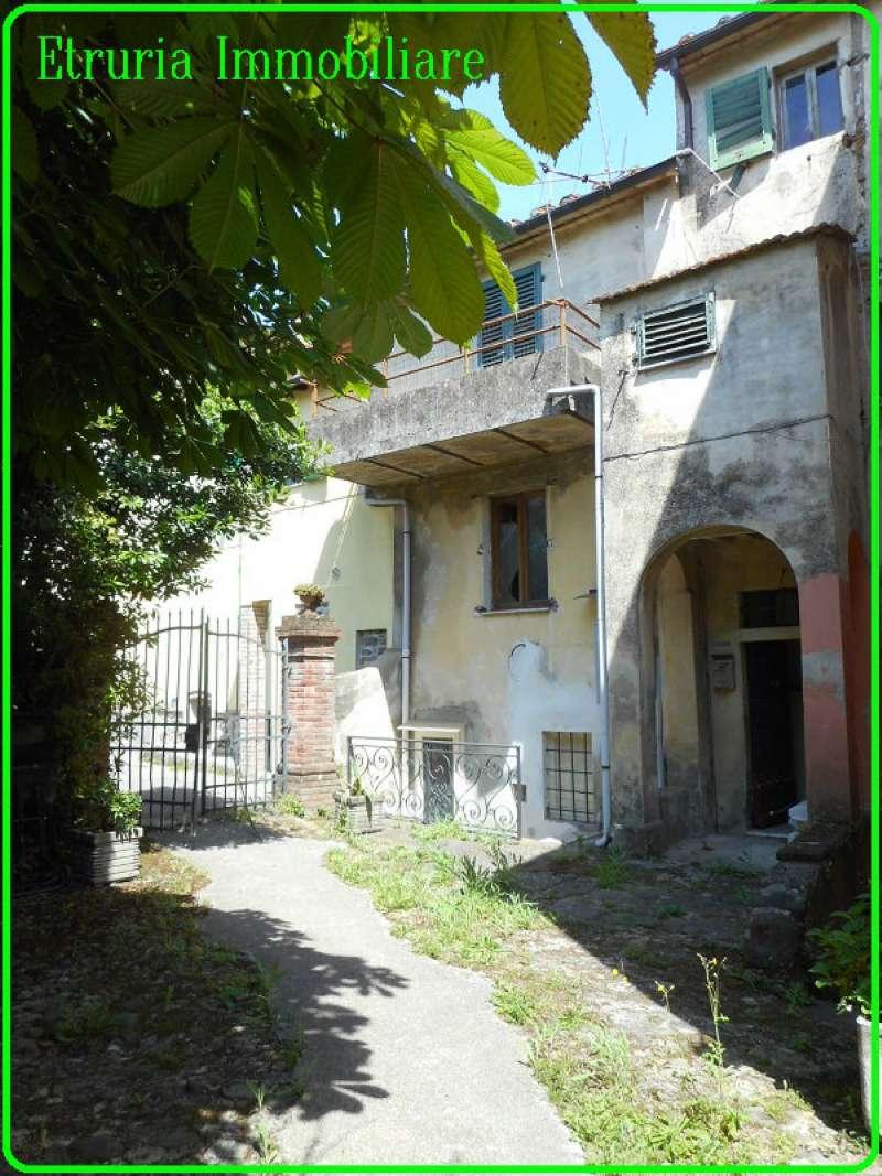 Soluzione Indipendente in vendita a Pistoia, 9 locali, prezzo € 50.000 | CambioCasa.it