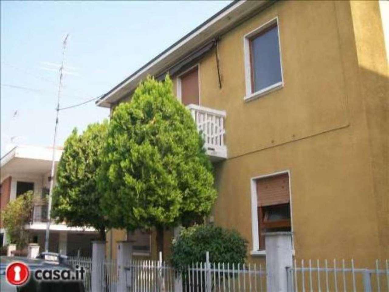 Soluzione Indipendente in vendita a Settimo Torinese, 5 locali, prezzo € 240.000 | CambioCasa.it