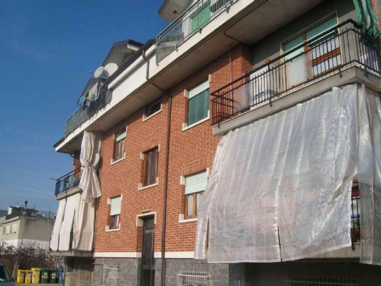 Appartamento in affitto a San Mauro Torinese, 3 locali, prezzo € 380 | Cambio Casa.it