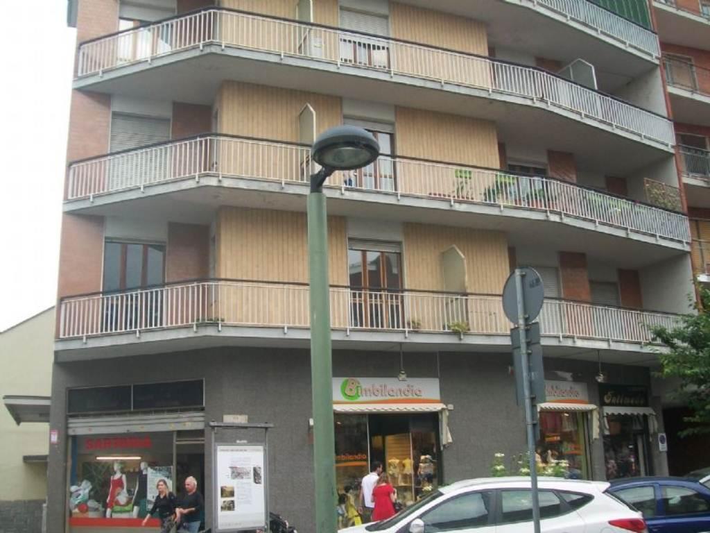 Appartamento in affitto a Settimo Torinese, 4 locali, prezzo € 600 | Cambio Casa.it
