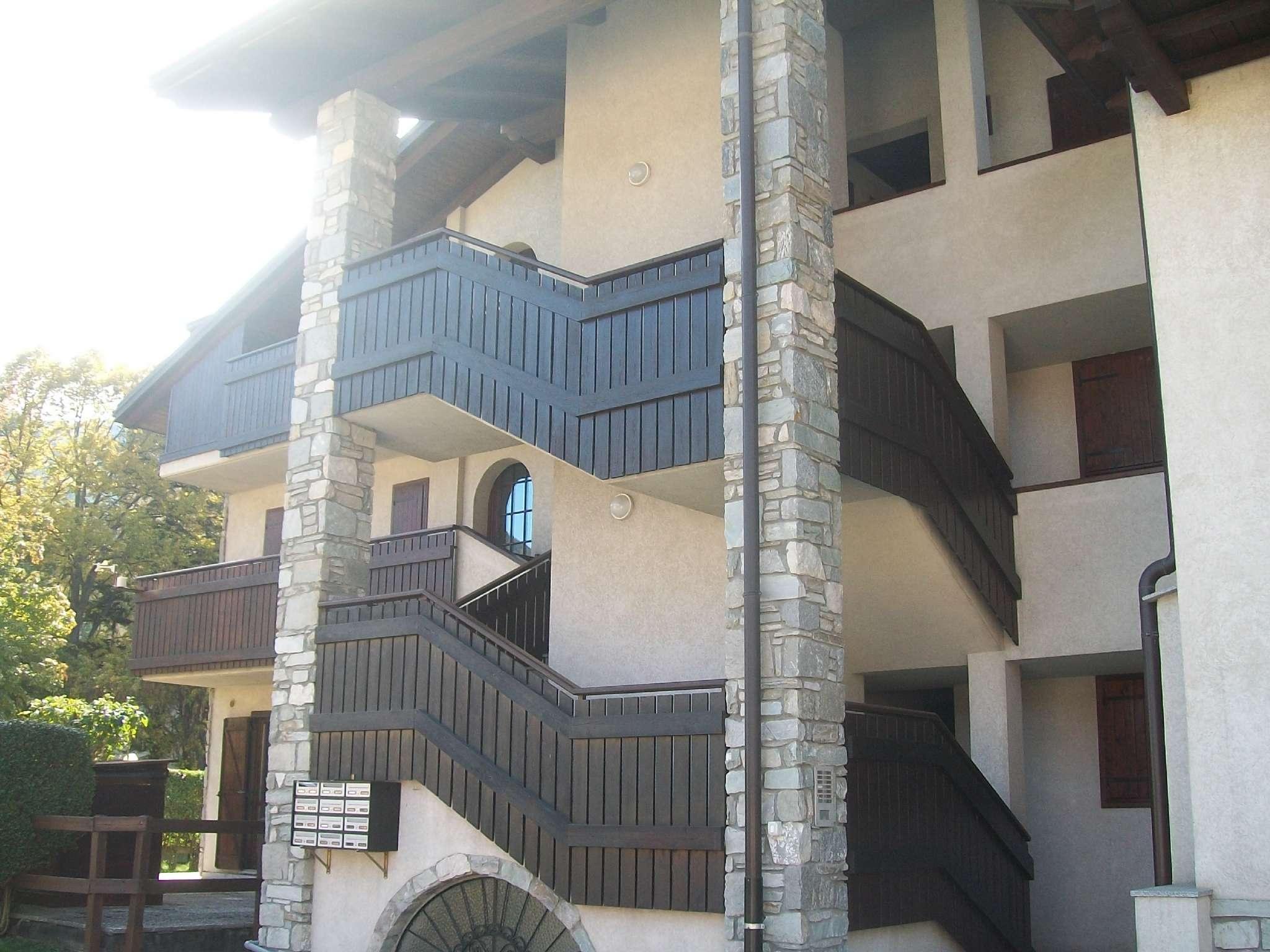 Appartamento in vendita a Oulx, 3 locali, prezzo € 152.000   CambioCasa.it